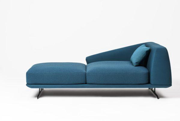 Design complementi d 39 arredo sedie poltrone divani for Divani design italia
